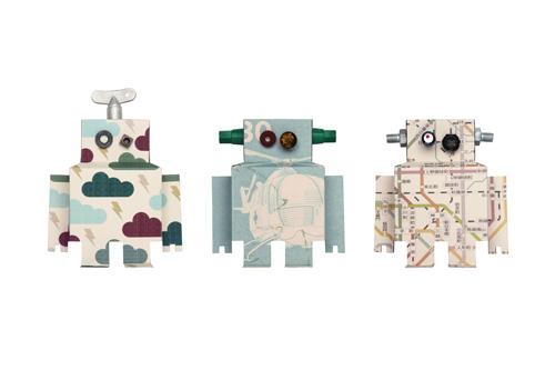 Los robots miden 13 x 17 cm y cuestan 7 € cada uno.