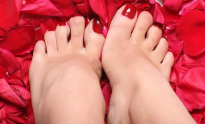 pies rojos
