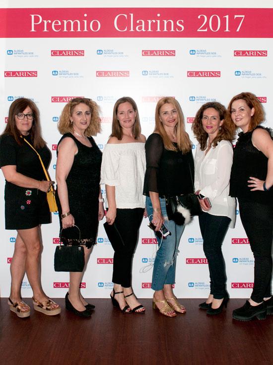 De izquierda a derecha: Sonia, de Mujer Global, Raquel, de Raqueleita, (Yo), Esther, de Loca por los tacones; Ana, de Estoy radiante; y Marta, de Mi cuaderno de notas.