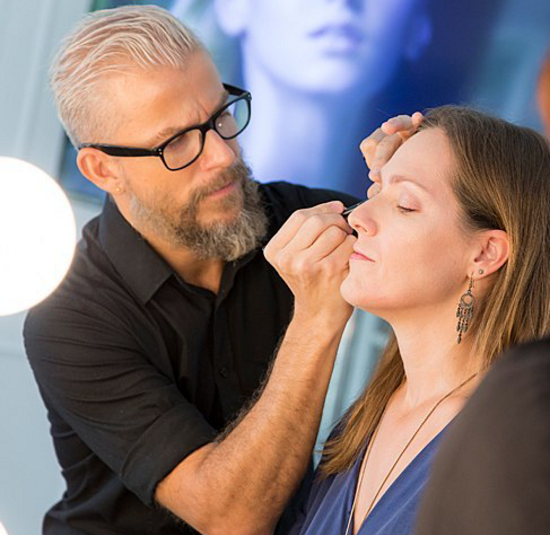 Fue un auténtico privilegio ponerme en las manos del prestigioso make-up artist Enrique Anaut.
