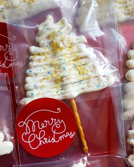 Piruletas navideñas (2 € cada una).