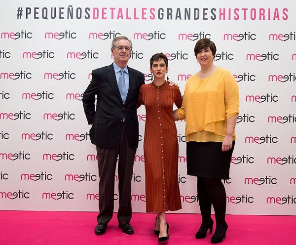 María León junto a José Luis Palma y María Capilla.