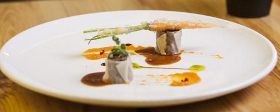Dim sum de rabo de toro con crema dulce de zanahoria y reducción de Oporto_Oribu (4) (Copy)