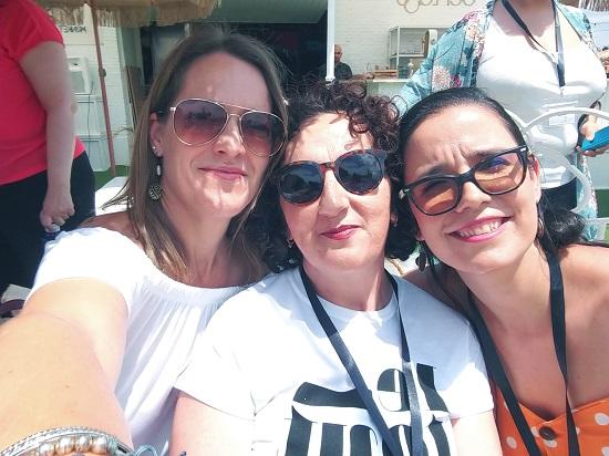 Con Raquel (de Raqueleita) y Lorena (de Mis pequeños secretos)