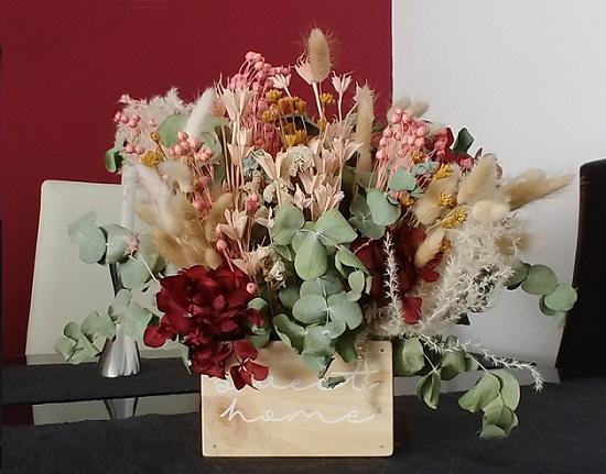 Centro la narcisa floral 1