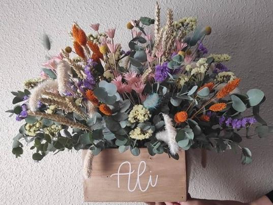 Centro la narcisa floral