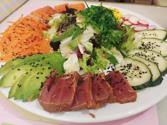 Ensalada de sashimi Wanda Café Optimista