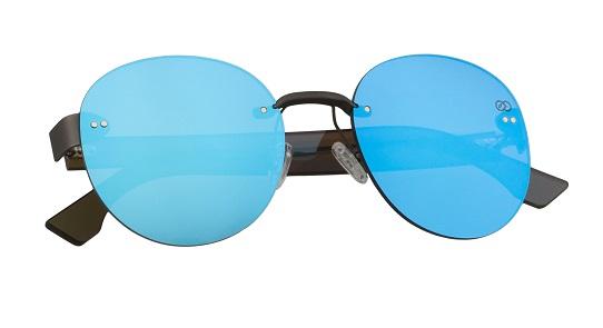 Modelo Lak Light Blue (69 €)